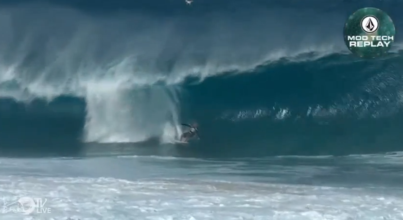 Kelly Slater – Perfect Ten – Volcom Pipe Pro 2014
